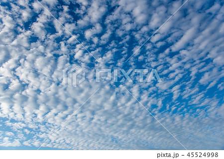 秋の空 秋雲 45524998