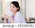 カフェ 女性 若いの写真 45536491