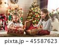 クリスマス ギフト プレゼントの写真 45587623