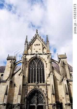 Basilique Saint-Remi サンレミ聖堂 45635873