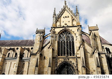 Basilique Saint-Remi サンレミ聖堂 45635874