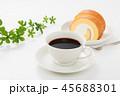 ロールケーキ 45688301
