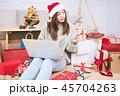 ギフト プレゼント 贈り物の写真 45704263