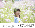 子供 女の子 花畑の写真 45714487