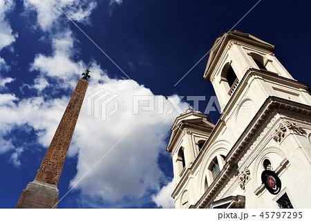 Chiesa della Trinita dei Monte トリニタ・デイ・モンティ教会 ローマ 45797295