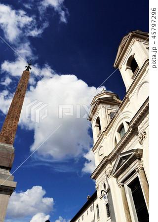 Chiesa della Trinita dei Monte トリニタ・デイ・モンティ教会 ローマ 45797296