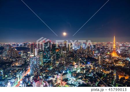 《東京都》月明かりの東京夜景 45799013