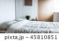 布団 枕 部屋の写真 45810851