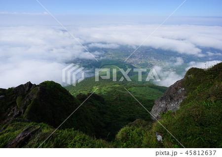 由布岳から湯布院の街並み 45812637