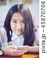 携帯電話 スマートフォン 女の子の写真 45870708