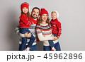 ファミリー 家庭 家族の写真 45962896