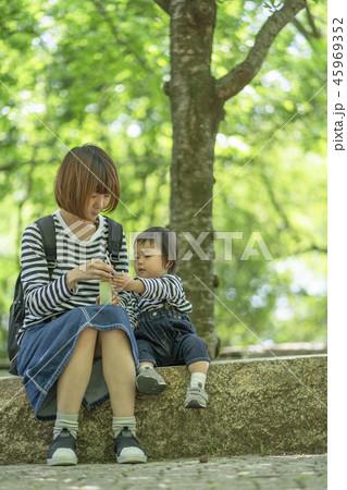 育児イメージ 45969352