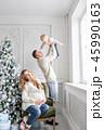 クリスマス ファミリー 家庭の写真 45990163