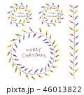 手書きのカラフルな電球のクリスマスリースと罫線 46013822