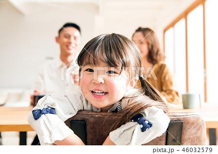 家族 子ども 娘 46032579