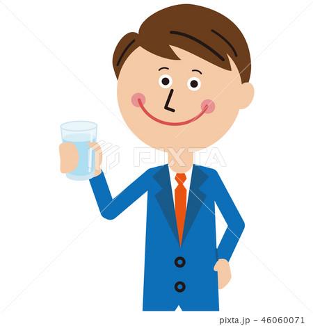 ポップな青いスーツのサラリーマン 水を持つ 46060071