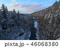 青い川と白鬚の滝 46068380