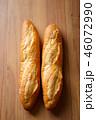 パン 46072990