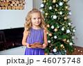 クリスマス クリスマスツリー 子の写真 46075748