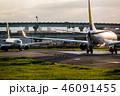 飛行機 滑走路 空港の写真 46091455