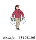 白バック 買い物帰り おばさんのイラスト 46108196