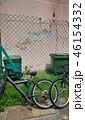 街角の風景 自転車 フェンス ごみ箱 Street corner  Bicycle 46154332
