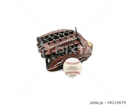 硬式野球グラブと硬式ボール 46214679