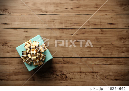 Gift box on the old wooden background 3D rendering 46224662
