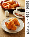 クロワッサン コーヒー 料理の写真 46249056