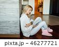 女性 ブック 書籍の写真 46277721