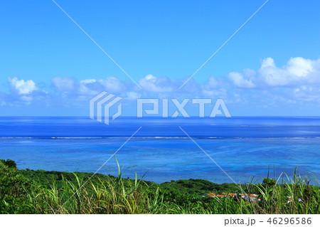 大岳(ウフダキ)展望台から見た小浜島の風景 46296586
