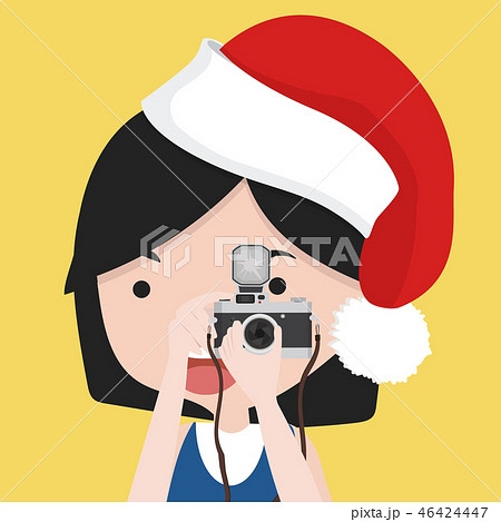 small girl is  taking photo with red hat 46424447