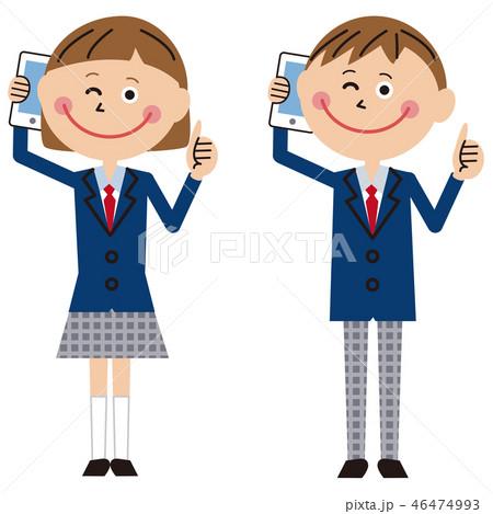 ポップな学生服の男女 携帯電話で通話しながらいいね! 46474993
