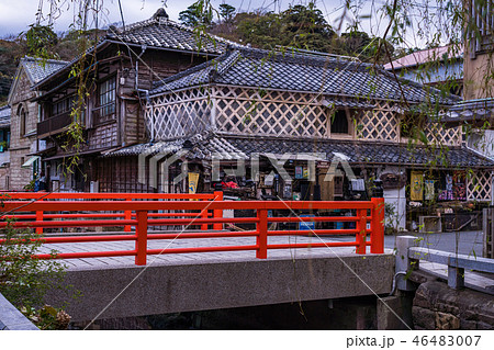(静岡県)下田市 ペリーロード沿いの建物 46483007