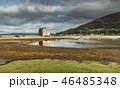 Lochranza castle next to the Arran island bay. 46485348