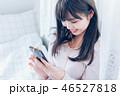 女の子 音楽 イヤフォンの写真 46527818