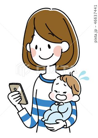泣く赤ちゃんを抱きながらスマートフォンを持つ女性 46637441