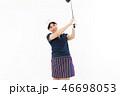 ゴルフ ゴルファー 女性の写真 46698053