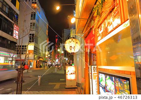 中洲中央通り 福岡県福岡市博多区、歓楽街中洲の中央を横断する道路 46726313