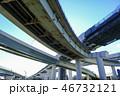 ランプ橋の道路建設 46732121