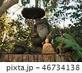 かえる石像と石仏像 46734138