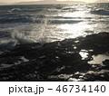 岩場と波 46734140