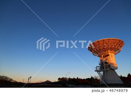 朝日に輝く石岡測地観測アンテナと筑波山  石岡市風景 46748979