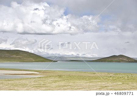 標高4300メートルの黄河源流・ザリン湖 46809771