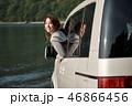 女性 ドライブ 窓の写真 46866456