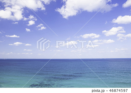福岡県 糸島市  美しい二見ヶ浦の海 46874597