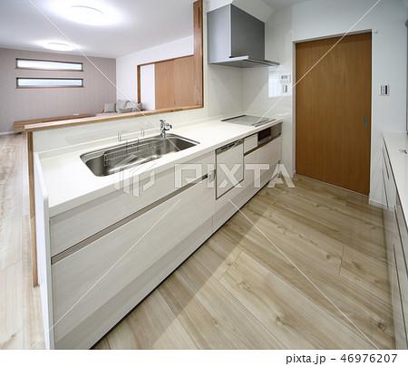 キッチン 46976207