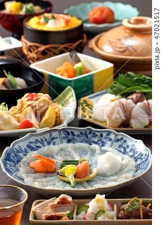 料理イメージ ふぐ フグ刺し ふぐ鍋 てっちり ふぐ唐揚げ フグづくし 日本料理 ふぐコース料理 47021517