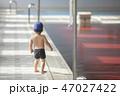 プール プールサイド 歩くの写真 47027422