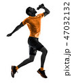 ランニング 走る 人影の写真 47032132